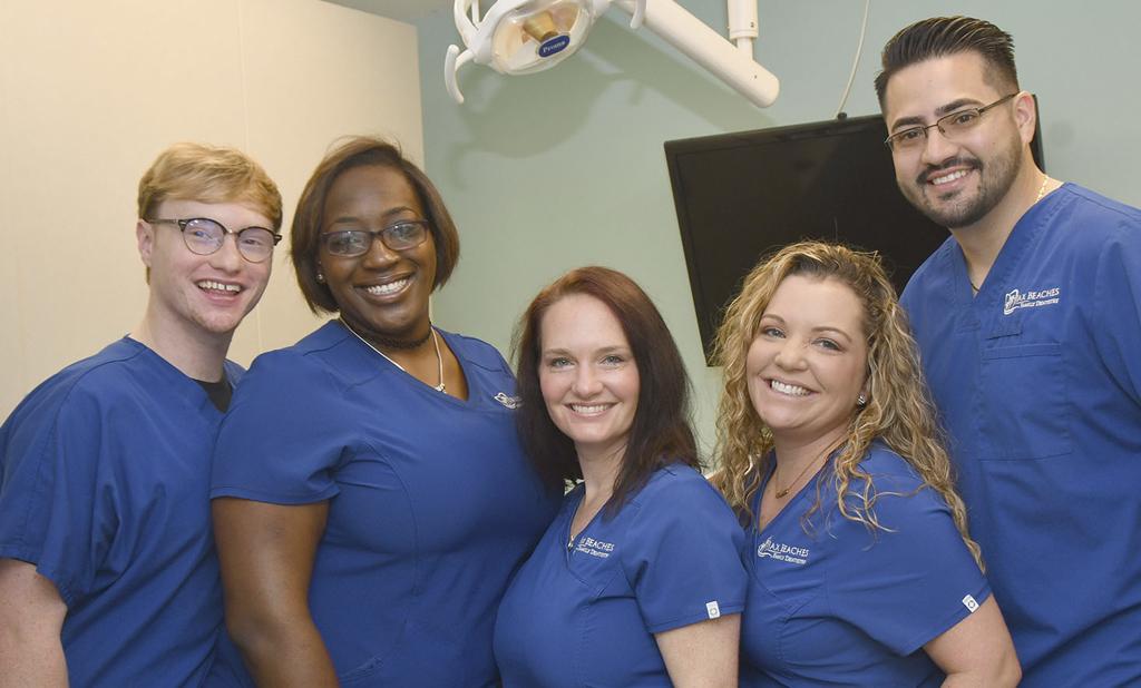 jacksonville-beach-general-cosmetic-dentistry-Assistants